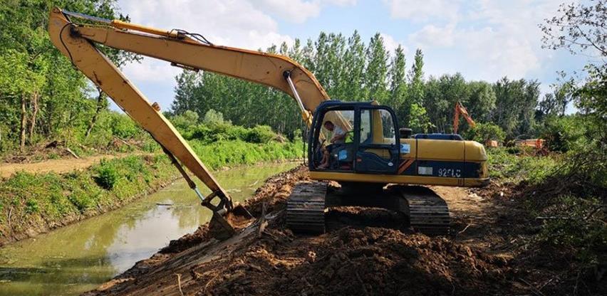 Na čekanju 28 projekata u oblasti vodoprivrede vrijednih 2,69 miliona KM