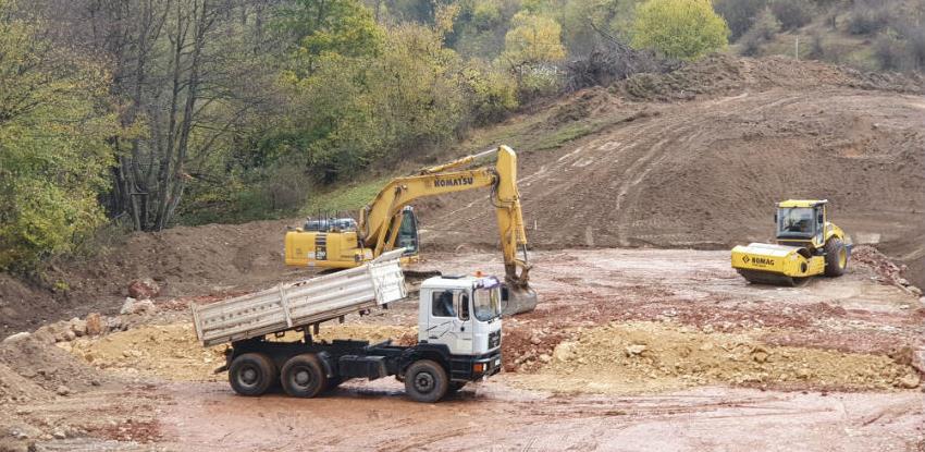 Prve mašine za gradnju tunela Ivan već na terenu