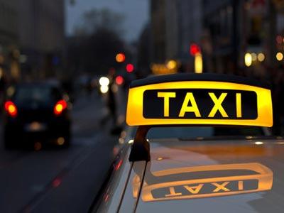 Europski taksisti na nogama zbog internetske konkurencije