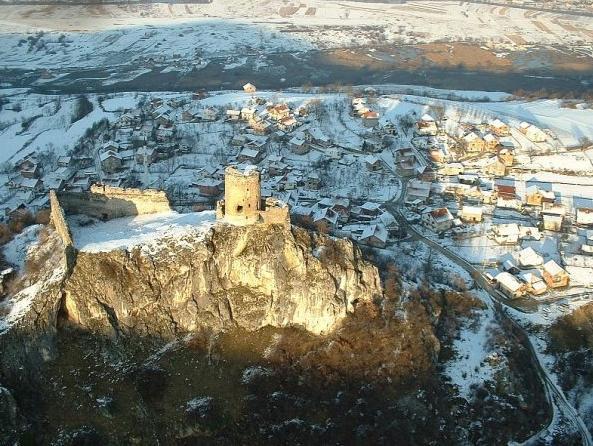 Pokrenuta izrada projektne dokumentacije za sanaciju starog grada Sokolac
