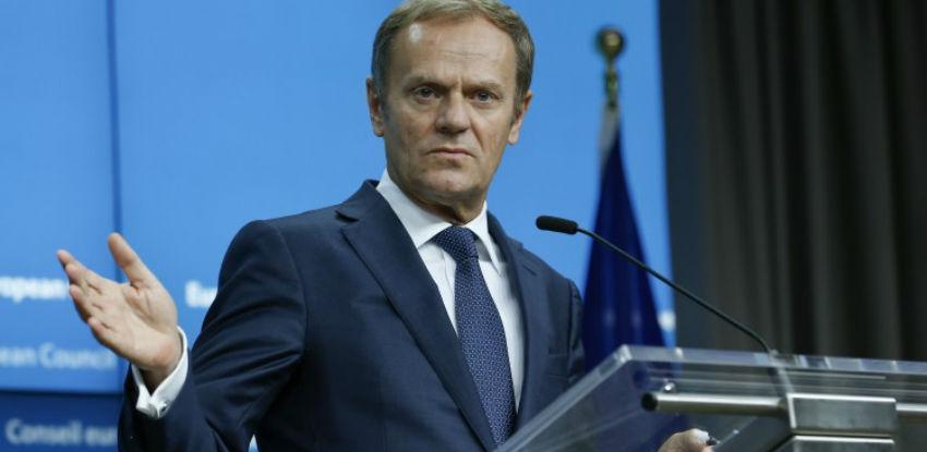 Tusk sazvao samit EU o Brexitu za 25. novembar