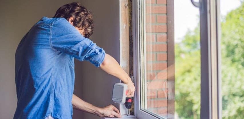 AVP Sava zbog epidemioloških mjera mijenja prozore na poslovnoj zgradi