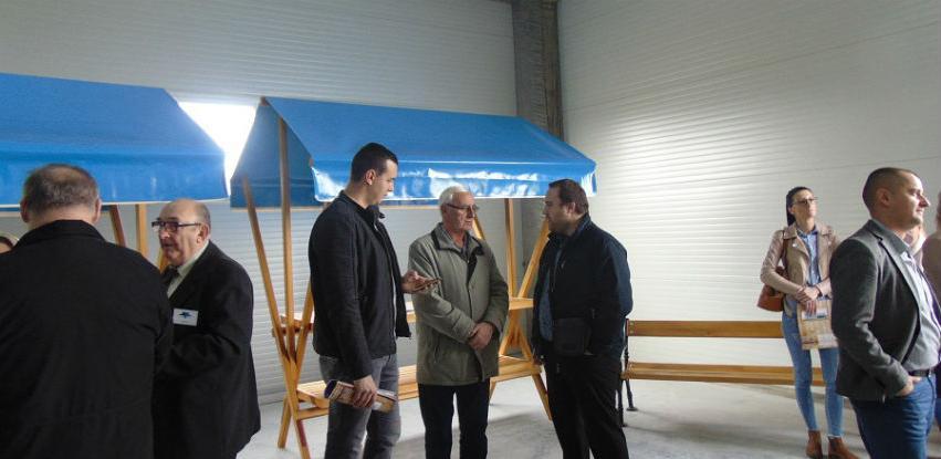 U Odžaku pokrenuta proizvodnja drvenih sajamskih štandova i kućica