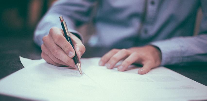 Potpisani ugovori o samozapošljavanja u Mrkonjić Gradu