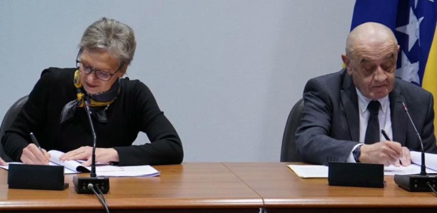 Potpisani ugovori za finansiranje javnog prevoza u Sarajevu