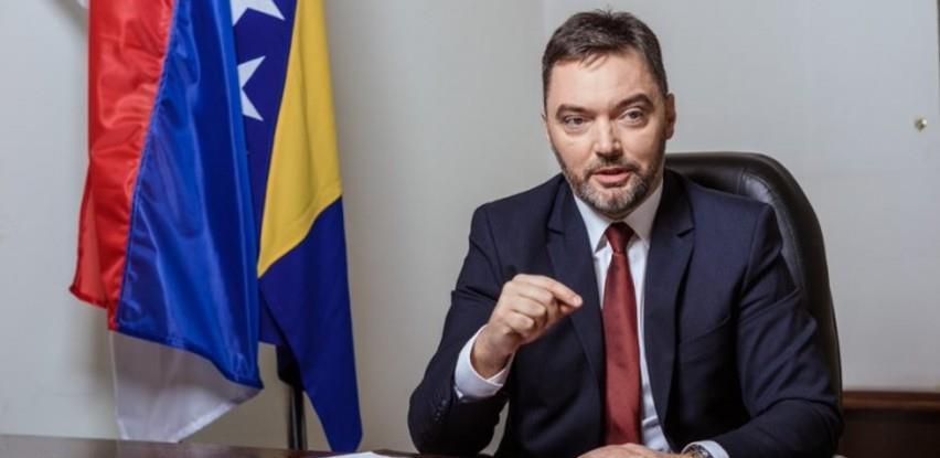 Košarac očekuje da VMBiH podrži uvođenje prelevmana i carinskih stopa