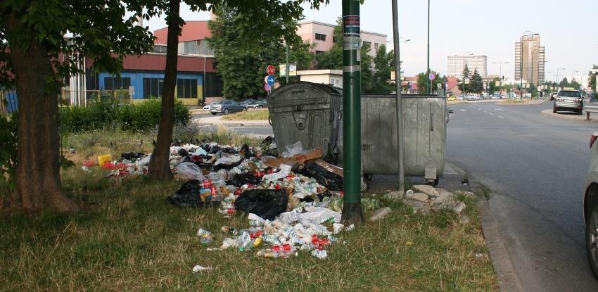 Nezadovoljstvo građana je kulminiralo: Vlada KS kreće u veliku akciju čišćenja grada
