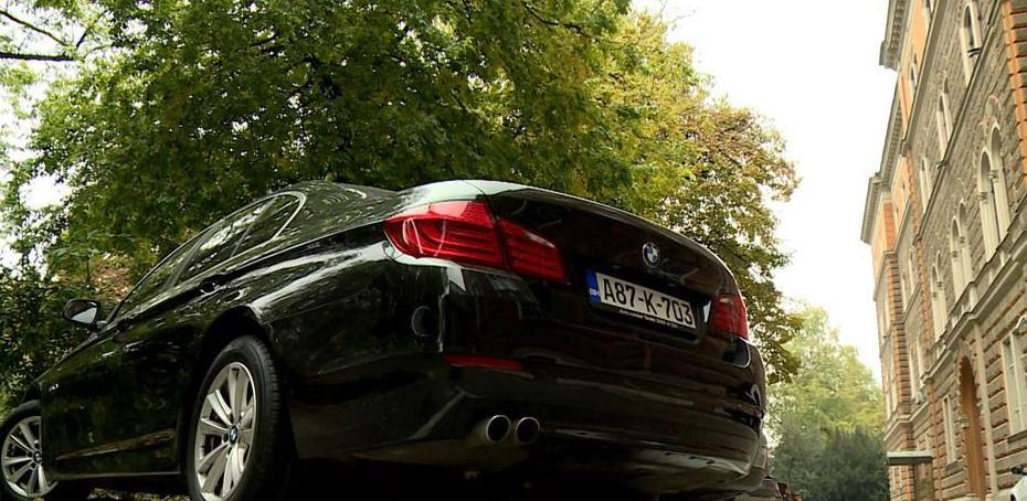 Predsjedništvo BiH mijenja vozni park: Prodaju stara, kupuju nova vozila