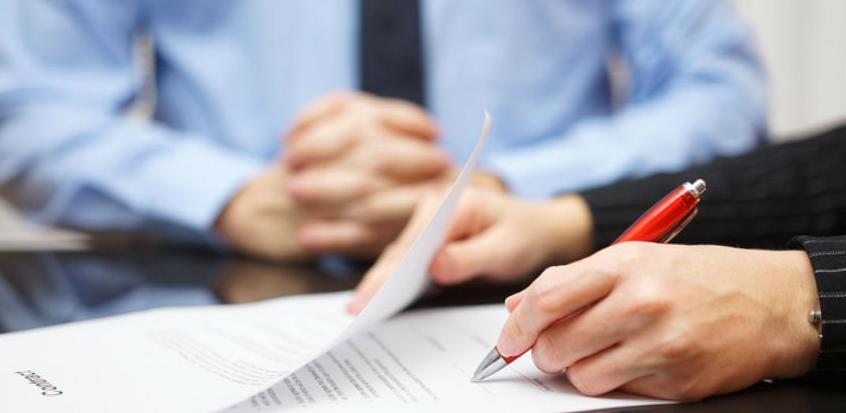 Idu uštede: Bihać ograničio plate direktora javnih preduzeća