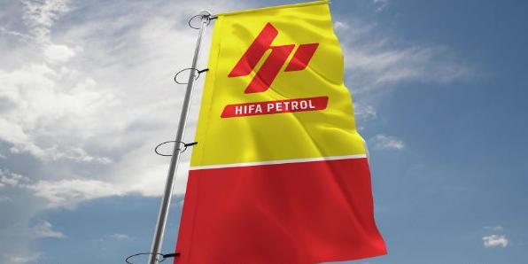 Povodom otvorenja, prvih 200 kupaca je nagrađeno sa po 10 litara goriva GRATIS.