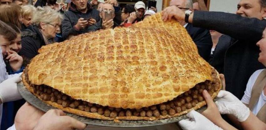 U Travniku napravljena porcija od 2.160 ćevapa