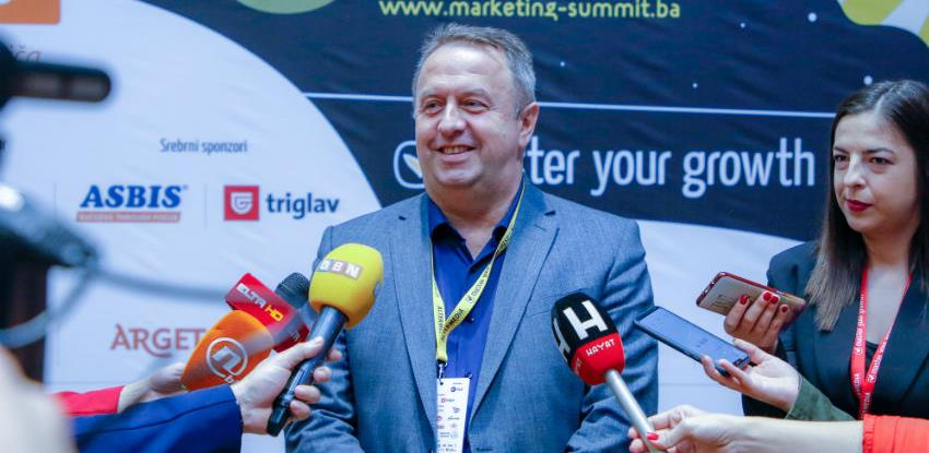 "Direktoru razvoja i marketinga AS Holdinga priznanje ""Marketing Superstar 2019"""