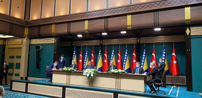 Turska: Potpisani sporazumi o prometnoj infrastrukturi i uzajamnom priznavanju vozačkih dozvola