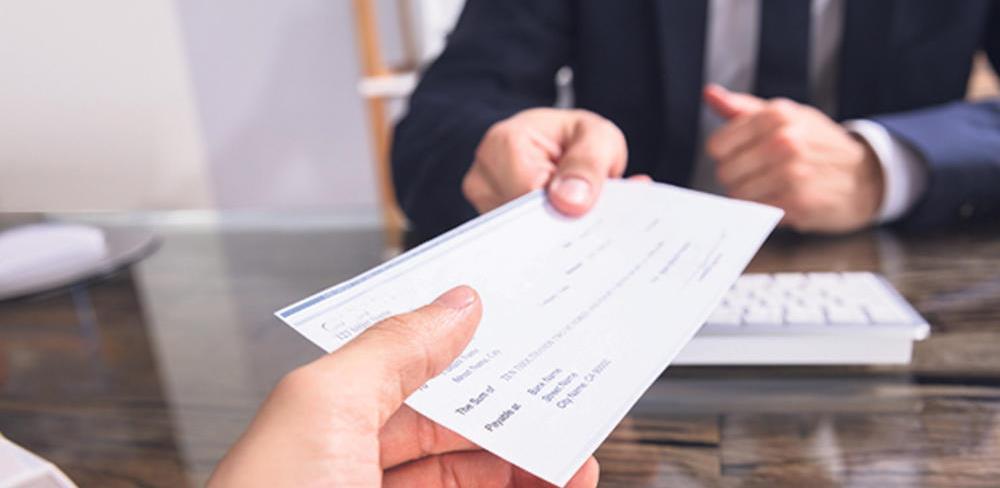 Banke u Srbiji počele da naplaćuju proviziju na elektronski plaćene račune