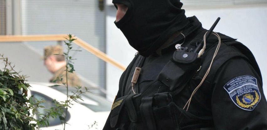 """Akcija """"Kasa 2"""": SIPA pretresla 12 lokacija, uhapšeno šest osoba"""