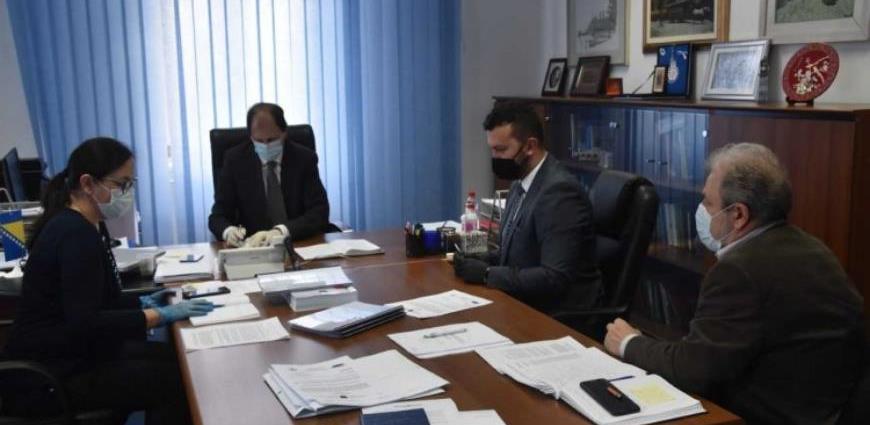 Vlada KS - Potpisan Ugovor o zajmu od 15 miliona eura za projekt javnog prevoza