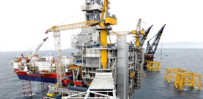 Dogovor o povećanju opskrbe spustio cijene nafte ispod 74 dolara