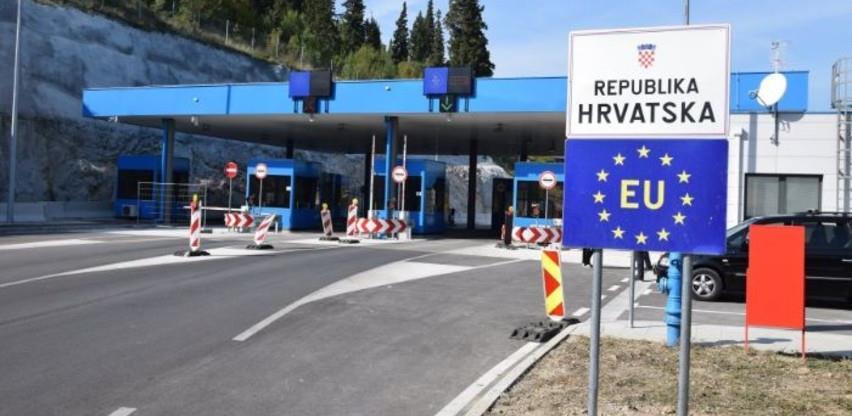 Hrvatska ukinula testove i potvrde o vakcinaciji za državljane Srbije, za bh. građane to ne vrijedi