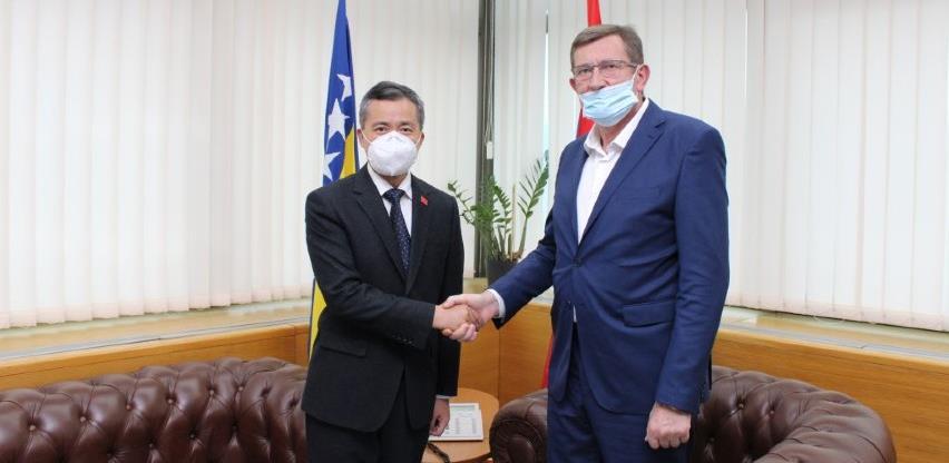 Kineske kompanije će i dalje učestvovati u infrastrukturnim projektima u BiH