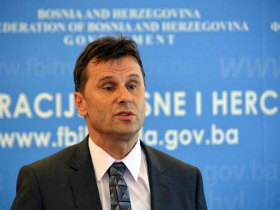 Novalić: Trebamo nove ljude u institucijama koje koče projekte Vlade