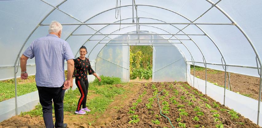 Općina Hadžići stimulisala poljoprivrednu proizvodnju sa 500.000 KM (FOTO)