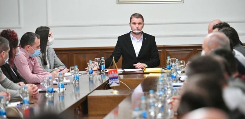 Stanivuković: Neprihvatljivo umanjenje poreske stope na nepokretnosti