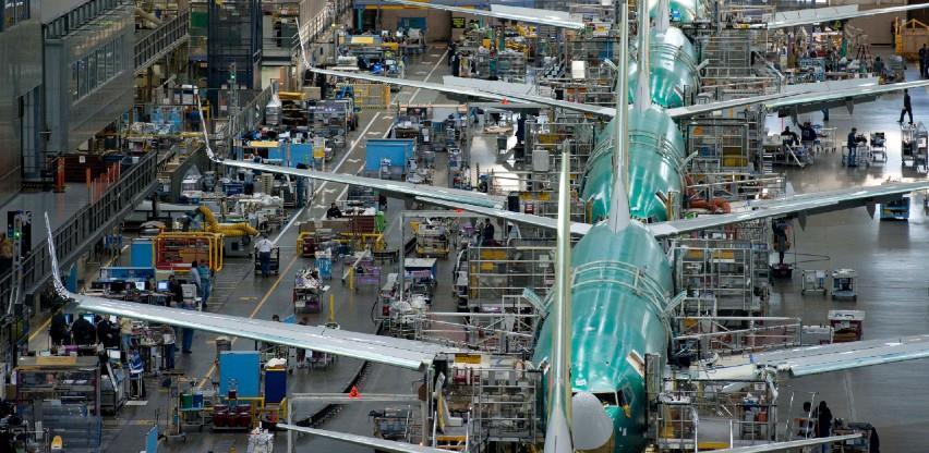 """""""Boeing"""" ukida više od 12.000 radnih mjesta"""
