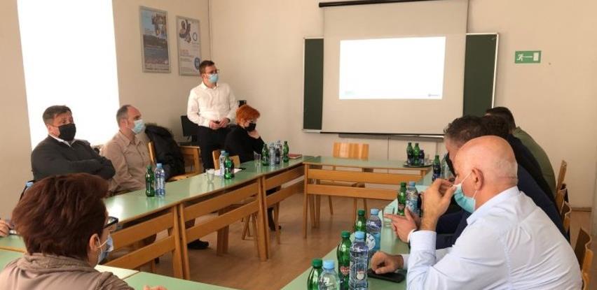 U Tuzli prezentovana platforma za prijavljivanje na vakcinaciju