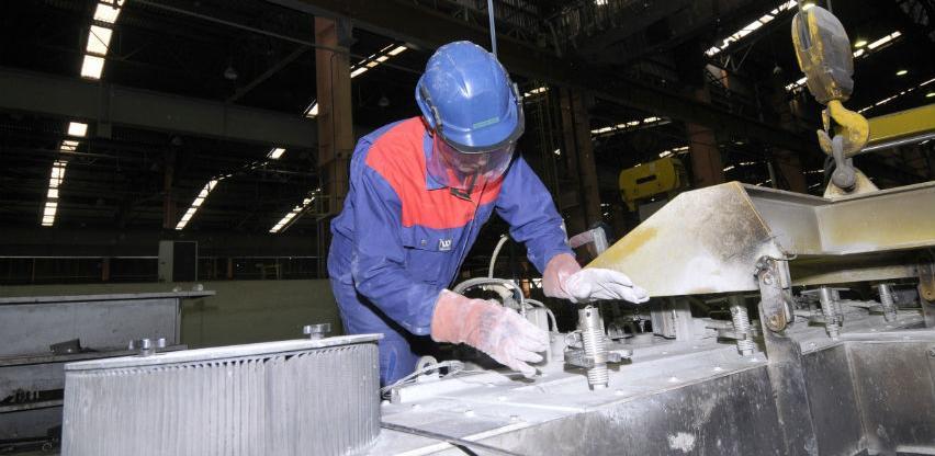Glencore platio Aluminiju struju i sirovine za četiri dana života