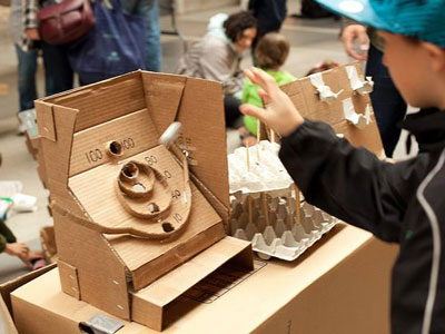 Počelo takmičenje u dizajniranju i pravljenju igrica od kartonskoga papira