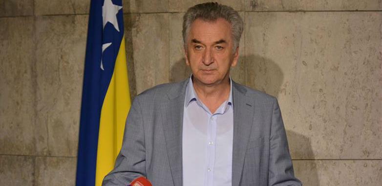 Šarović od EK traži hitne mjere zbog odluke Hrvatske