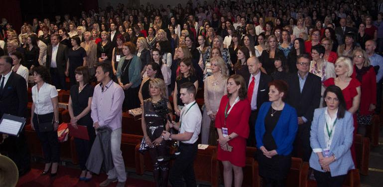 Tuzla je grad žene: UBKC-u svečano otvoren Prvi festival savremene žene!