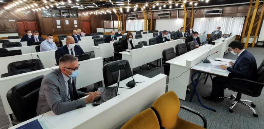 Vlada ZDK donijela novu odluku o dodjeli subvencije plaća privrednim subjektima