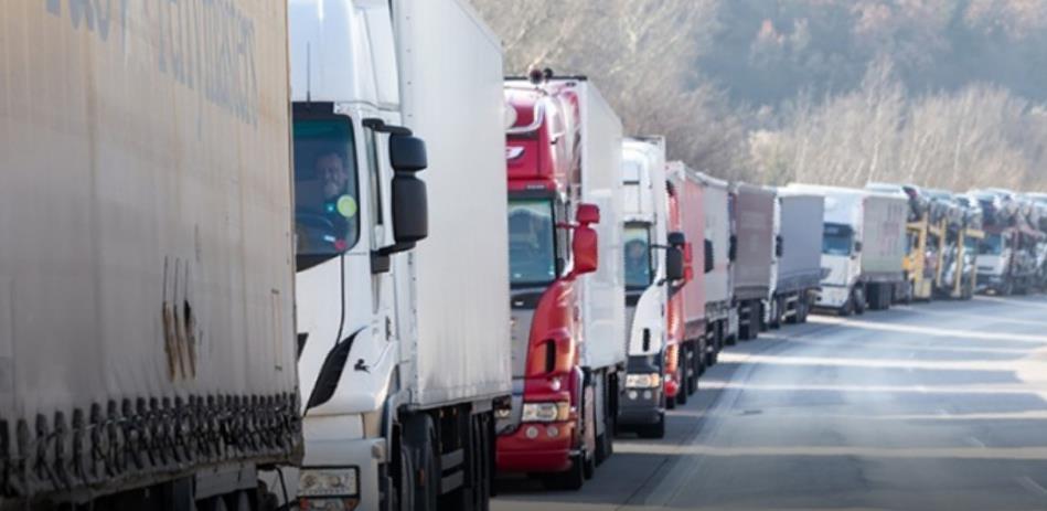 Srbija zatvorila prijelaze, transport roba ide preko Karakaja, Vardišta i Rače