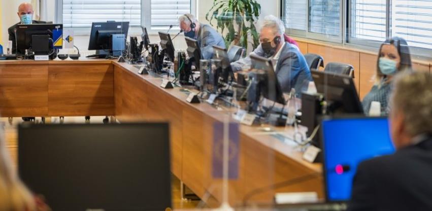 Sattler pozvao članove VSTV-a BiH na hitnu promjenu stanja u pravosuđu