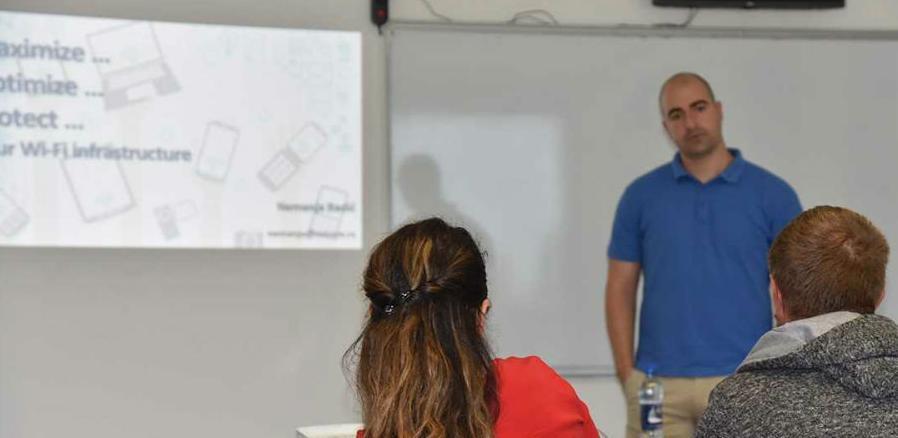 U IUS-u održan seminar o mjerenju i upravljanju WiFi mrežama