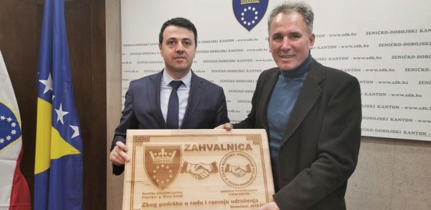 Tri miliona KM za podsticaje poljoprivrednim proizvođačima u ZDK