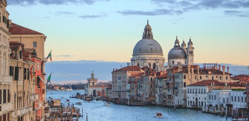 Talijanska ekonomija past će ove godine 8,9 posto