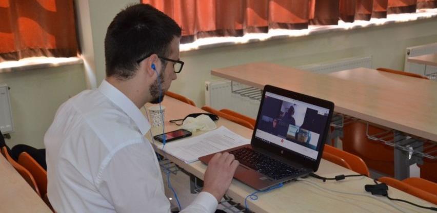 Burch univerzitet - 700 srednjoškolaca na online prijemnom ispitu za stipendije