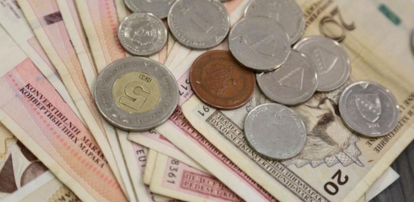 Prosječna mjesečna bruto plata u BiH za mart ove godine iznosila je 1.466 KM