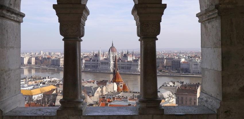 Mađarska oslobodila restorane, kafiće i teretane od plaćanja kirije državi