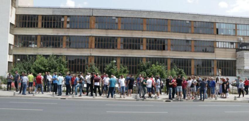 Radnici Aluminija pred Vladom FBiH, traže spašavanje preduzeća