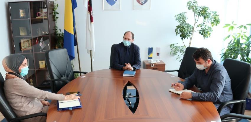 Dodatno jačati poziciju Ureda za borbu protiv korupcije i upravljanja kvalitetom