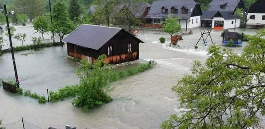 Vodostaji širom Hrvatske u naglom porastu, situacija je već dramatična