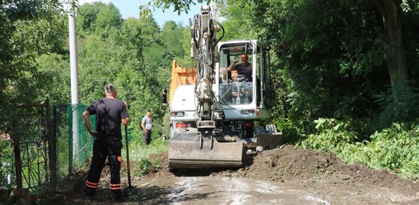 Počeli pripremni radovi za asfaltiranje u mjesnoj zajednici Podgorje u Banovićima
