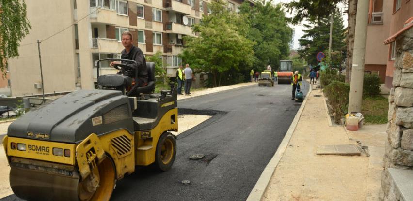 U toku završni radovi na sanaciji dijela saobraćajnice u ulici Splitska