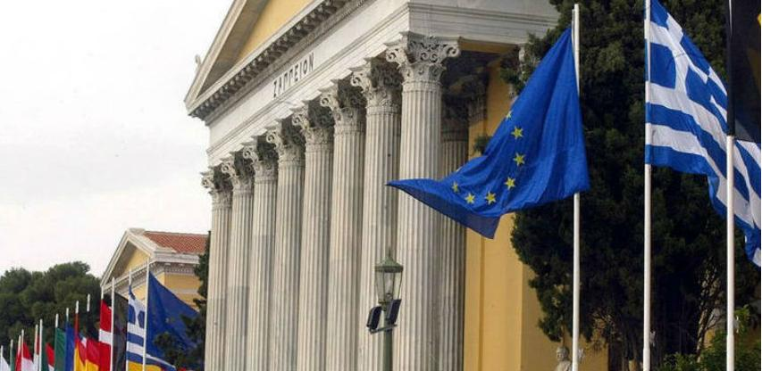Za Grke nema krize: Milijarde za robu preko interneta