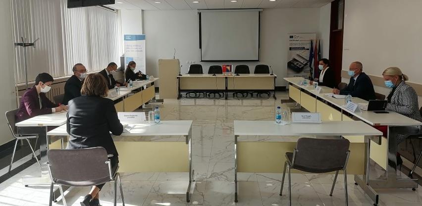 Mnogo prostora za nove investicije i unapređenje saradnje RS-a i Turske