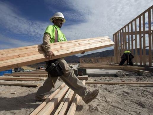 Građevinci zarade 350, a IT stručnjaci 4.000 KM
