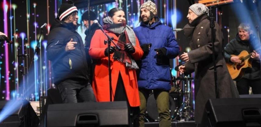 Zeničane u novu 2020. godinu uveli Mostar Sevdah Reunion i Regina